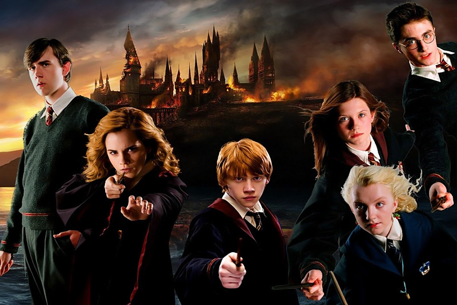 HARRY POTTER 900x600
