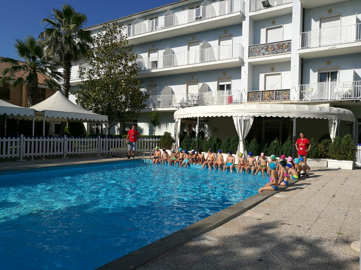 HOTEL DOMUS > MARE, SPORT E TANTO DIVERTIMENTO > JUNIOR > Archivi --Giocamondo_Domus2018_19-26_JUNIORMARESPORT_giorno2_giorno100003