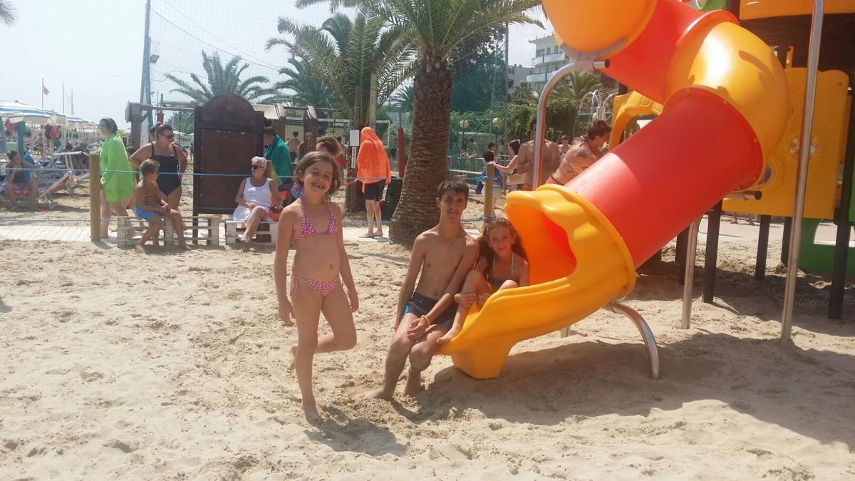 HOTEL DOMUS > EMOZIONI IN BARCA A VELA > JUNIOR > Archivi --Giocamondo_Domus_2018_2T_VELA_giorno130003