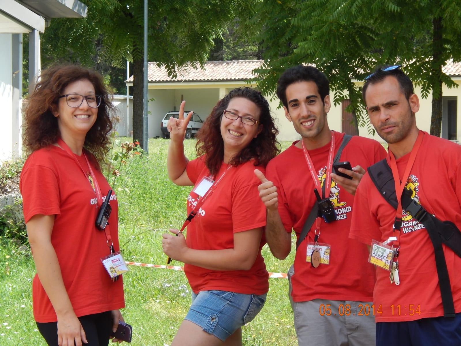 Scopri i nostri direttori: Elisa Farina --WhatsApp-Image-2019-04-08-at-15.37.58