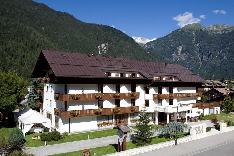 Informazioni e contatti Strutture --Royal-Hotel-estate-insieme