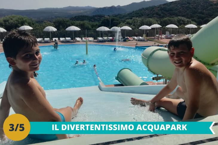 Il divertentissimo Acquapark, dove i nostri ospiti avranno la possibilità di divertirsi con numerose attrazioni come gli scivoli, la Laguna e lo scivolo Niagara nel più grande park acquatico del sud Italia!