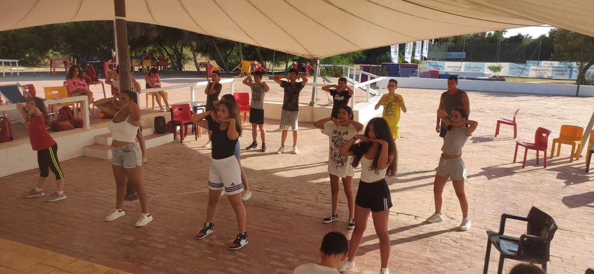 Hotel Baia delle Mimose 4**** // English Camp in Sardegna // Senior Archivi --HOTEL-BAIA-DELLE-MIMOSE-ENGLISH-CAMP-IN-SARDEGNA-11-7-20212