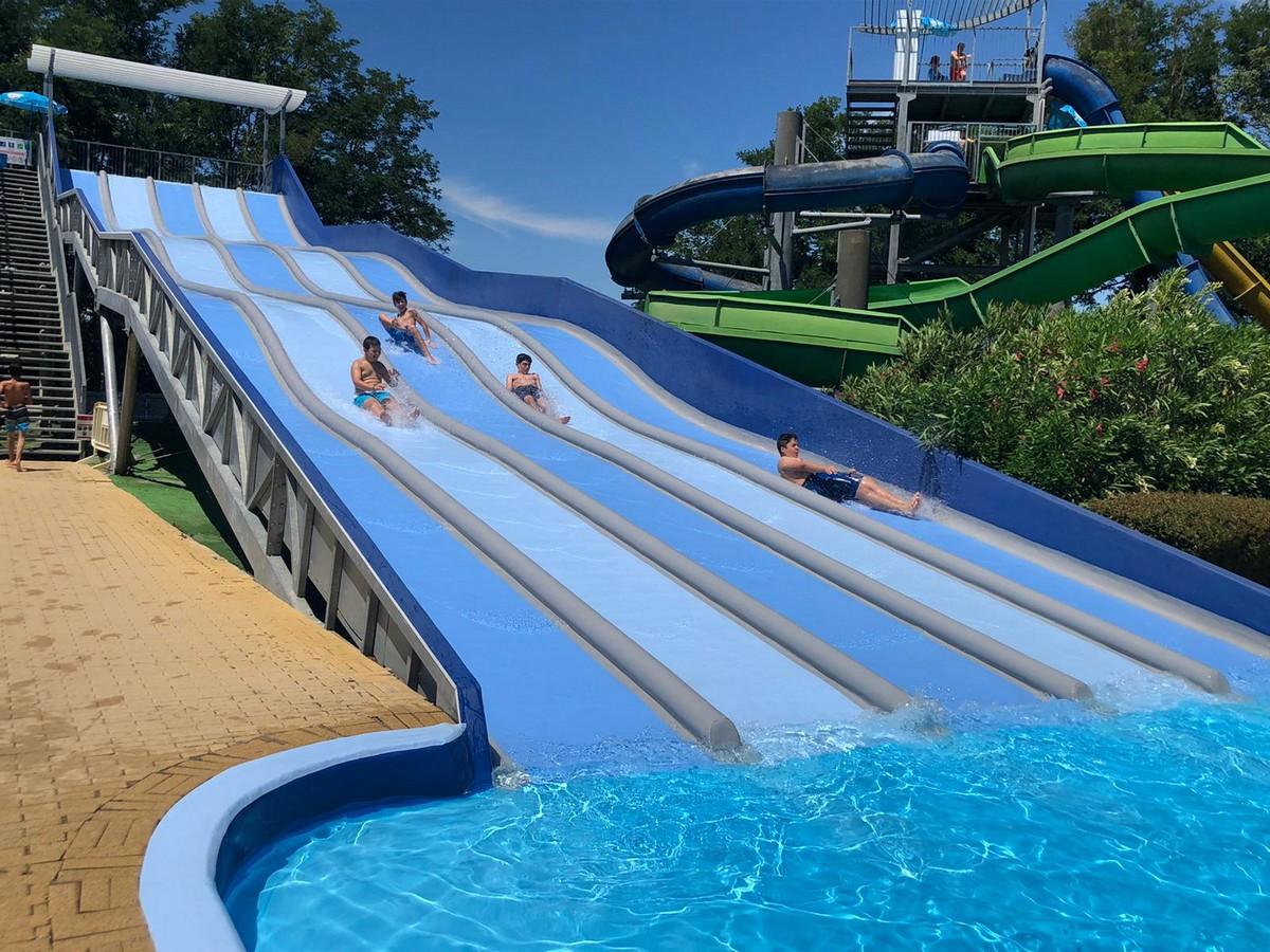 Hotel Villaggio Olimpico 4**** // Da Sestriere al Lago Maggiore // Senior Archivi --VILLAGGIO-OLIMPICO-DA-SESTRIERE-AL-LAGO-MAGGIORE-TURNO-1-GIORNO-11-5