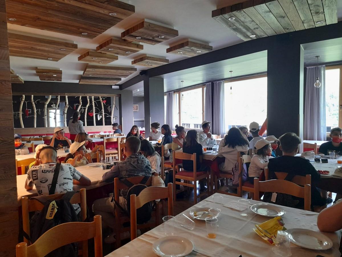 Hotel Adamello 3*** // Alla scoperta della Val di Sole // Junior & Senior Archivi --hotel-adamello-alla-scoperta-della-val-di-sole-TURNO-2-giorno-1-Image00001