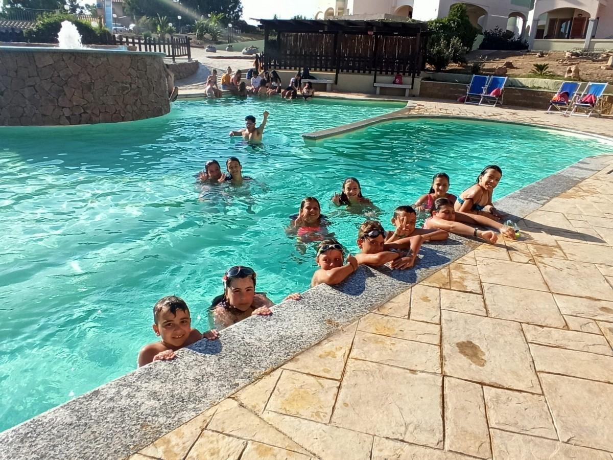 Hotel Baia delle Mimose 4**** // Alla scoperta della Sardegna e delle Isole // Junior Archivi --HOTEL-BAIA-DELLE-MIMOSE-ALLA-SCOPERTA-DELLA-SARDEGNA-E-DELLE-ISOLE-2-TURNO-18-7-20212