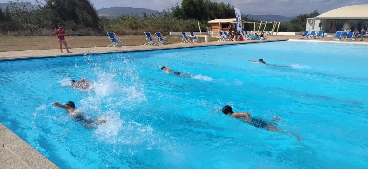 Hotel Baia delle Mimose 4**** // La Sardegna e le Isole // Senior Archivi --HOTEL-BAIA-DELLE-MIMOSE-ENGLISH-CAMP-IN-SARDEGNA-3-TURNO-1-8-20211-1