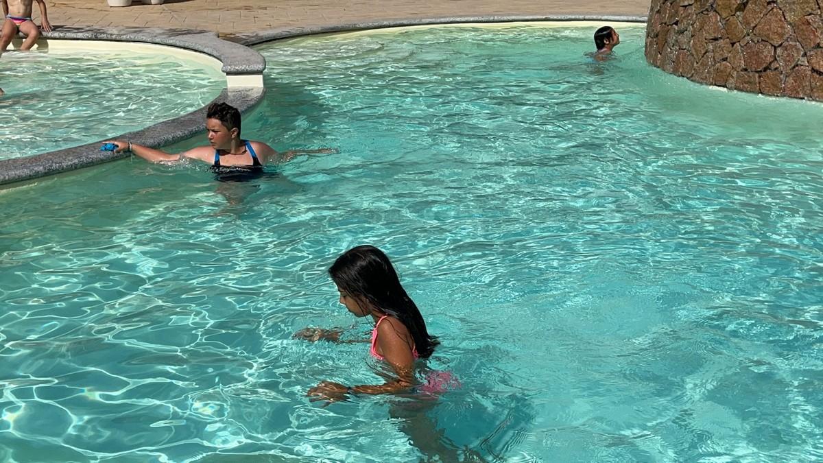 Hotel Baia delle Mimose 4**** // Il tuo camp d'inglese in Sardegna // Junior Archivi --HOTEL-BAIA-DELLE-MIMOSE-IL-TUO-CAMP-DI-INGLESE-IN-SARDEGNA-2-TURNO-28-7-2021