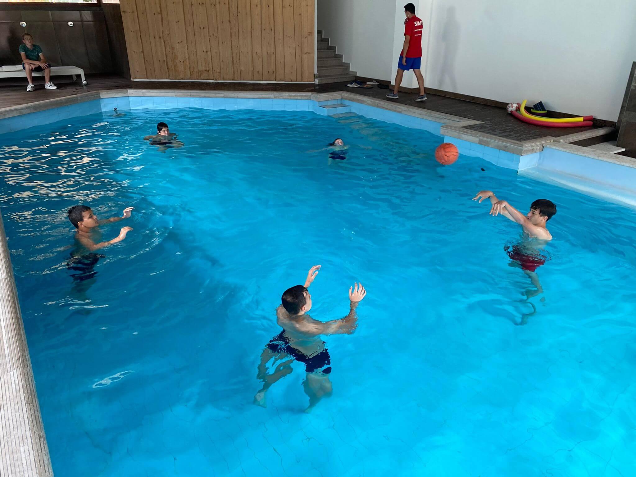Hotel Olympic Regina 3*** // Sport ad alta quota // Senior Archivi --piscina-1